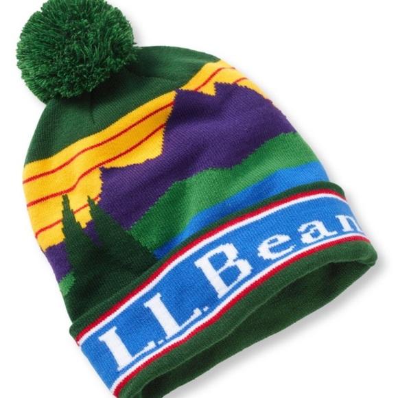 8a5f2aa229b NWT L.L. Bean Katahdin Pom Hat